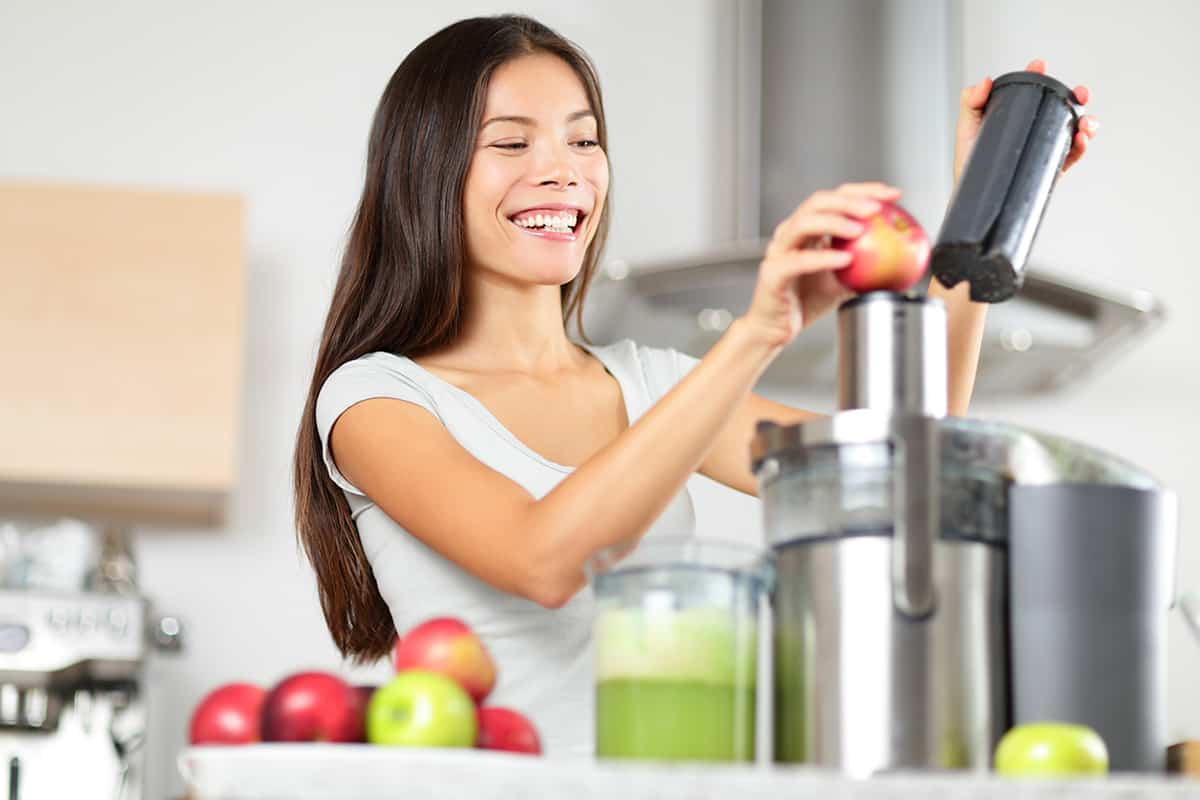 juicing vs meal replacement shakes