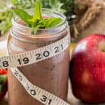 10 Pros and Cons of Meal Replacement Shakes | Benefits & Risks