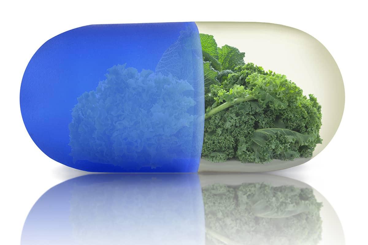 Super Greens Powder vs. Multivitamin: Which Is Better?